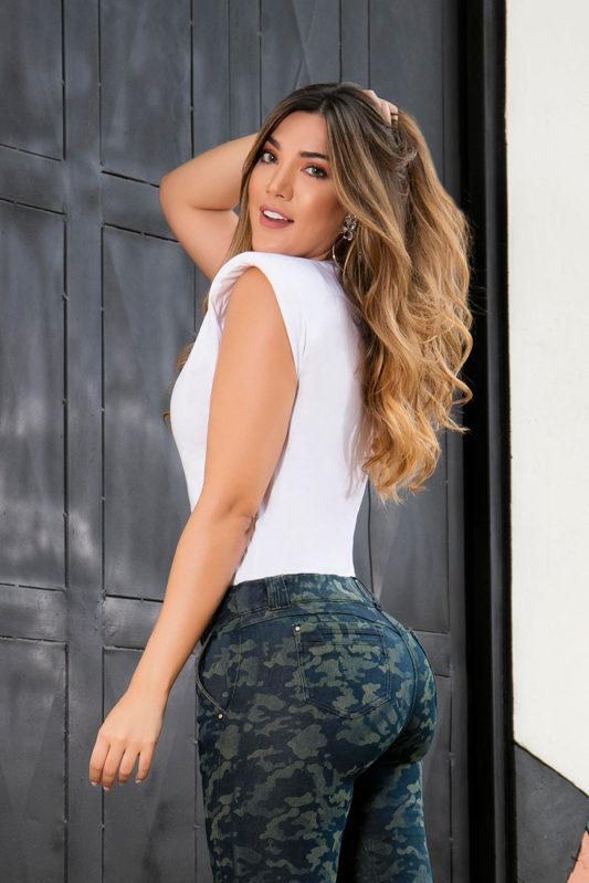 camiseta-de-moda-para-mujer-in-you-jeans-ref-0610-espalda